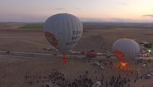 Frigler'den Cumhuriyet'e ilk balon havalandı
