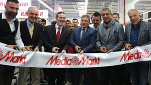 Media Markt yeni mağazasını ViaPort'ta açtı