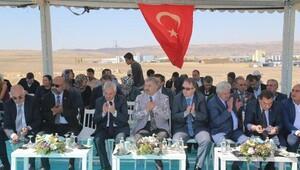 Başkan Mustafa Çelik, Terziler Odası'nın temel atma törenine katıldı