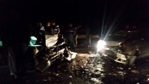 Antalyada feci kaza: 3 ölü, 3 ağır yaralı