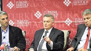 Şener, Üçok ve Pekin ABD'de Gülen'i anlattı