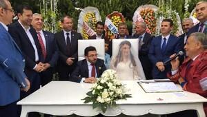AK Partiyi buluşturan nikah