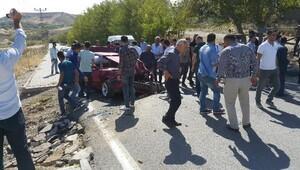 Kahtada devrilen otomobilin sürücüsü ağır yaralandı