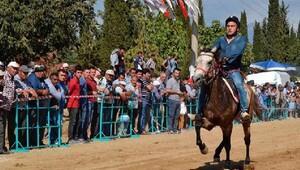 Ödemişte at yarışı heyecanı