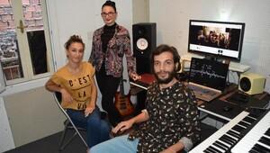 Gençlerden yeni dünya müziği