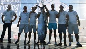 65 kiloluk orkinosla birinci oldular