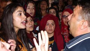 Kız öğrencileri isyan ettiren olay