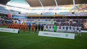 Kayserispor - Beşiktaş maçının fotoğrafları