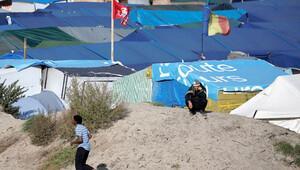 Mahkeme 'Calais dağıtılmasın' itirazını reddetti
