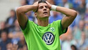 Almanlar, Mario Gomez ile alay ediyor