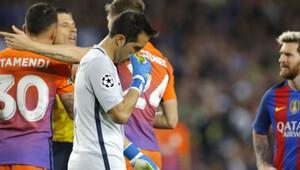 Soytarı Bravoya Guardioladan destek
