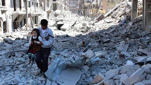 Merkel: Halep'te yaşananlar barbarlık