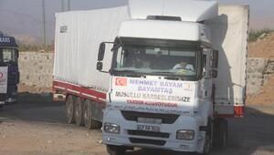 Kızılay, Musuldan göç edenlere 20 TIR yardım gönderildi