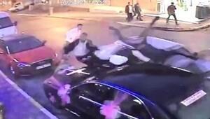Düğünde halay başı olamadı diye 4 kişiye otomobille çarptı