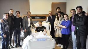 Beşiktaştan Caner Erkine moral ziyareti