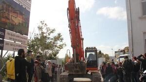 Arkeolojik parkta sosyal tesis yapım çalışması, kazıda Osmanlı seramiği çıkınca durduruldu