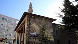 Melikgazi, Yanıkoğlu Camisini restore ediyor