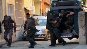 Adanada canlı bomba operasyonu