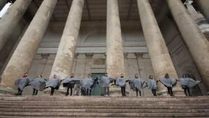 Yürüyen Budalaların 22nci durağı Macaristan