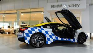 BMW i8 polis aracı oldu