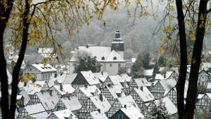 Almanya'ya kış geldi