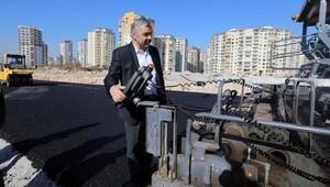 Başkan Çelik, Gültepe Bulvarında incelemelerde bulundu
