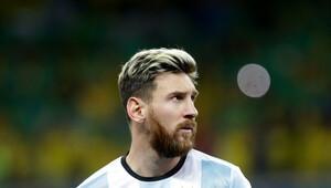 Arjantin'in yıldızı Lionel Messi Brezilya maçı sonrası ağzını bozdu
