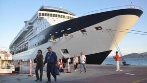 Malta bayraklı gemi son seferinde 2 bin 200 yolcu getirdi
