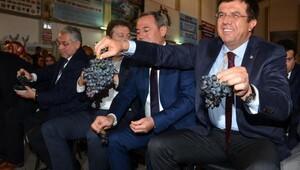 Zeybekci: Bu milletin ve ümmetin tek güveni var Recep Tayyip Erdoğan