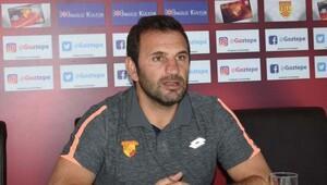 Göztepe teknik direktörü Buruk: Şampiyonluk henüz çok erken