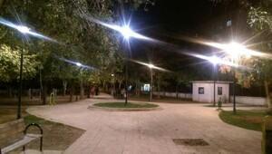 Belediyeye kayyumun atanmasınan ardından Nusaybin'de parklar aydınlandı