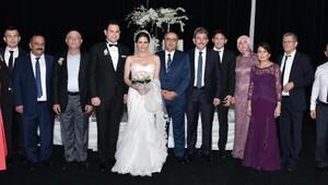 İstanbulda kına, Finikede düğün