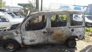 Öldürülen taksicinin aracı yakılmış halde bulundu