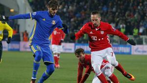 Bayern, Rusyada dondu kaldı 5 gol...
