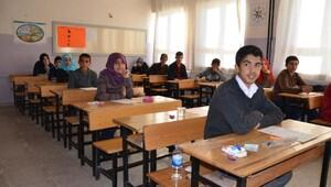 Siverek'te, 6 bin 277 öğrenci TEOGa katıldı
