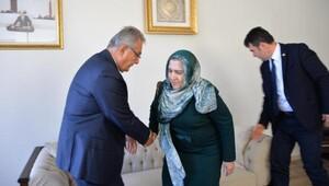 Deniz Baykal, Ahmet Türkün eşini evinde ziyaret etti
