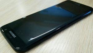 Galaxy S7in simsiyah modeli geliyor