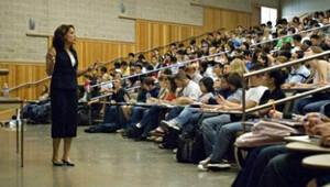 Akademisyenler proje okullarda müdürlük görevi yapabilecek