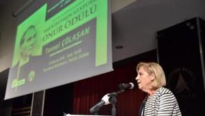 Tansel Çölaşana, Başöğretmen Atatürk Onur Ödülü