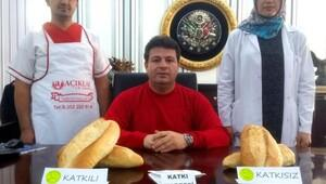 Fırıncılardan katkılı ekmek uyarısı