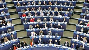 Türkiye'ye rest çekmek, AB'ye de Avrupa Parlamentosu'na da Almanya'ya da yakışmıyor