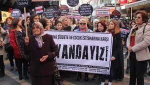 Trabzon'da kadınlardan tepki eylemi