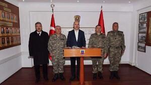 İçişleri Bakanı Foça Jandarma Okulunu denetledi