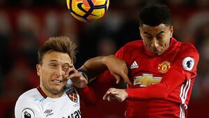 Manchester United evinde galibiyete hasret