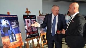 Ukraynalılar soykırım sergisi açtı