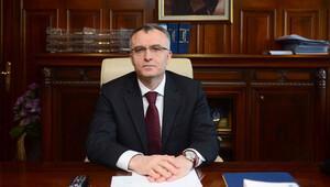 Maliye Bakanı Ağbaldan sigara ve alkollü içeceklerde ÖTV artışı açıklaması
