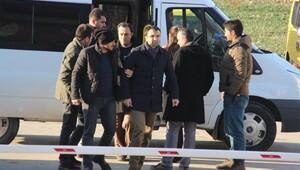 Edirnede FETÖnün 5 bürokrat abisi gözaltına alındı