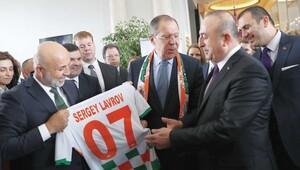 Lavrov: Ne Rusya ne Suriye