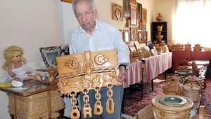 93 yaşında fındık dalını sanata dönüştürüyor