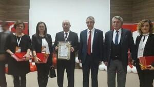 Kırklareli Cumhuriyet Ortaokulu'na eğitim çalışması ödülü
